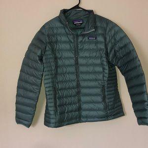 Patagonia women's down sweater jacket large pesto